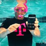 20583 Флагман Galaxy S7 распаковали под водой
