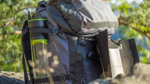 21057 Бутылка добывает воду из воздуха
