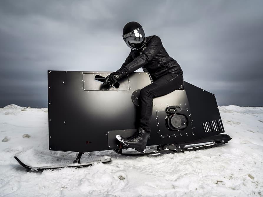 21234 Снегоход с постапокалиптическим дизайном