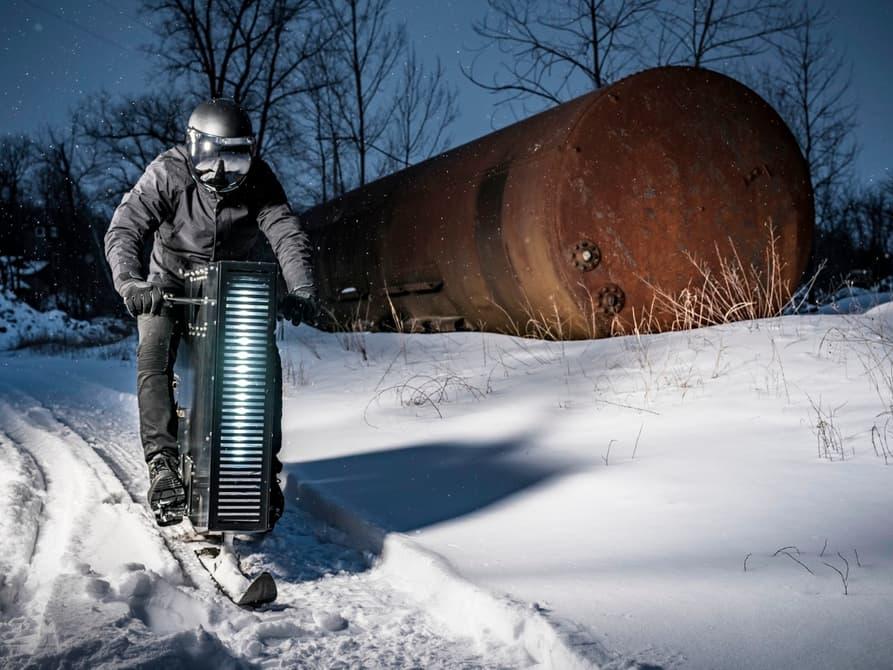 Снегоход с постапокалиптическим дизайном