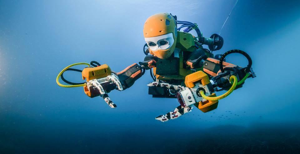Подводный робот-археолог