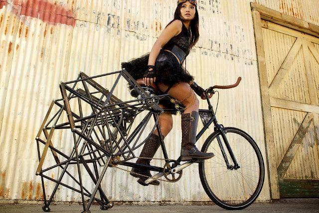 Велосипед с паучьими лапками