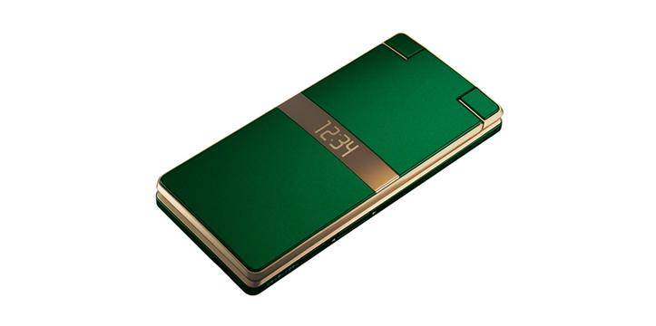 Sharp представила смартфон-раскладушку на базе Android