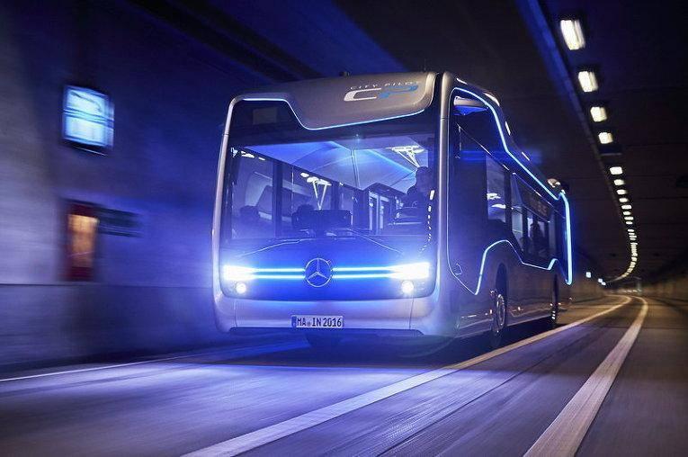 Беспилотный автобус от Mercedes-Benz