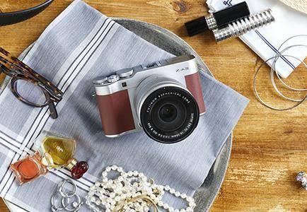 Fujifilm X-A3 — беззеркалка с поворотным дисплеем