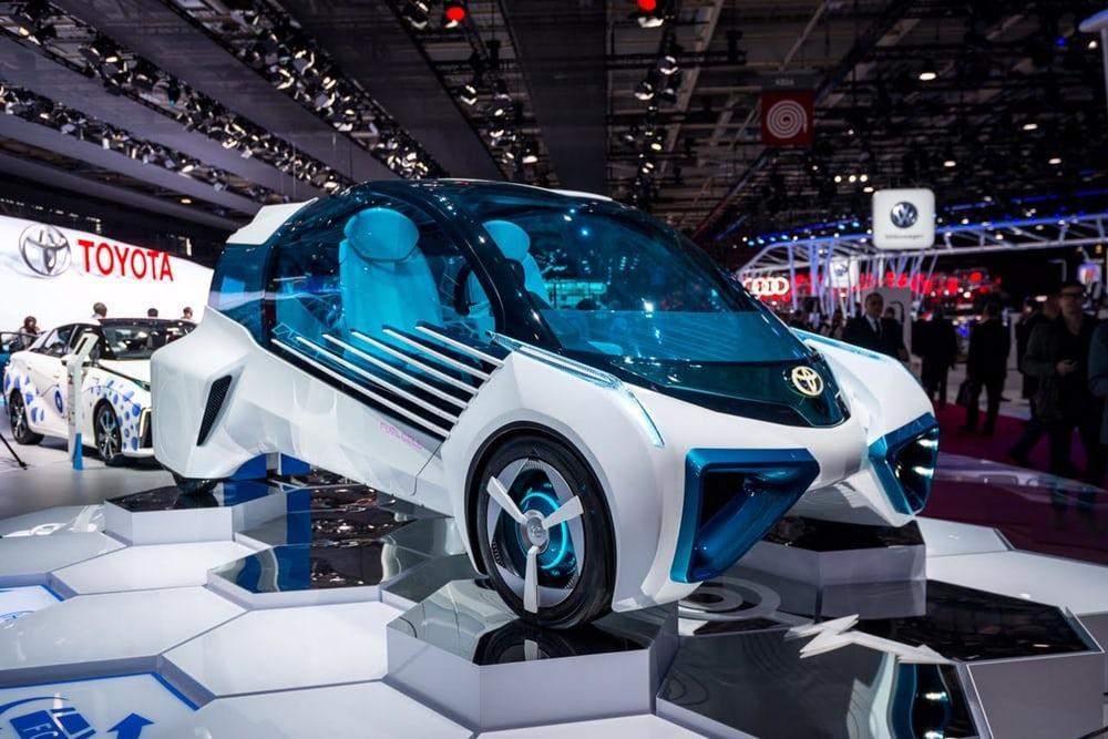 22797 Водородный концепт-кар Toyota FCV Plus