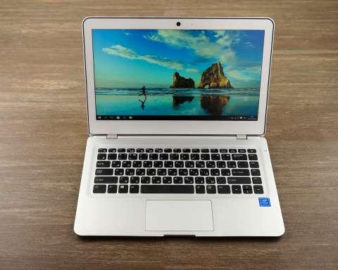 23277 Обзор Haier LightBook S378S