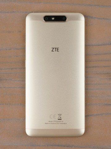 Обзор ZTE Blade V8