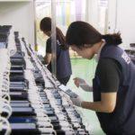 39050 Samsung тестирует аккумуляторы смартфонов (видео)