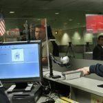 38887 Власти США могут начать требовать от туристов сообщать свои аккаунты в соцсетях