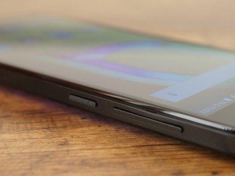 Обзор Alcatel A5 LED