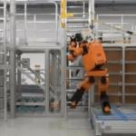 42554 Человекоподобный робот-спасатель Honda E2 DR