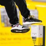 45441 Опять гигантские очереди! На это раз за кроссовками Adidas (7 фото + видео)