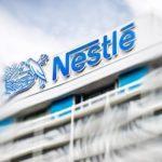 45453 Стартовал выпуск розового шоколада от Nestle