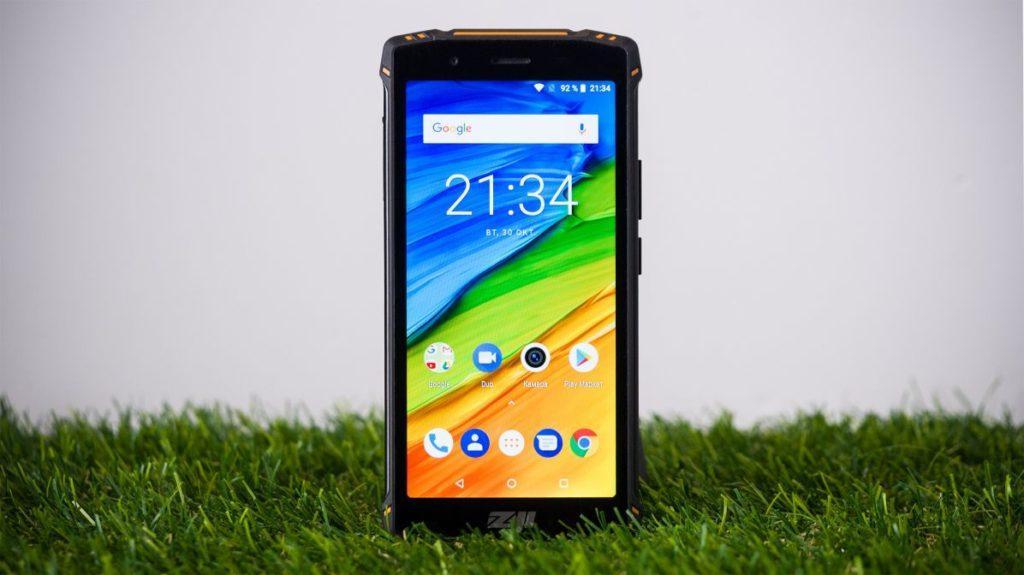 Описание смартфона HomTom ZoJi Z9