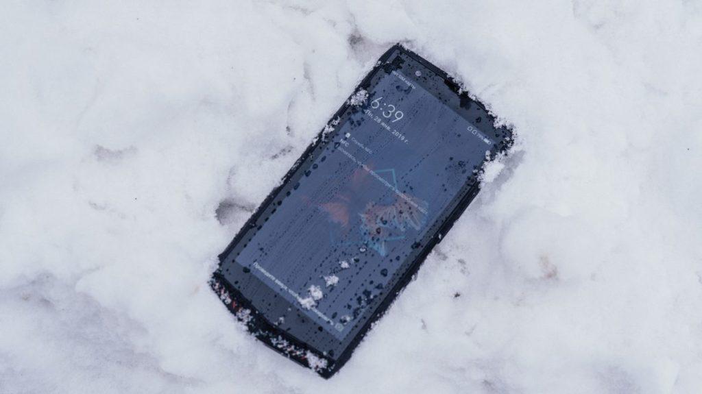 51724 Описание смартфона Poptel P60