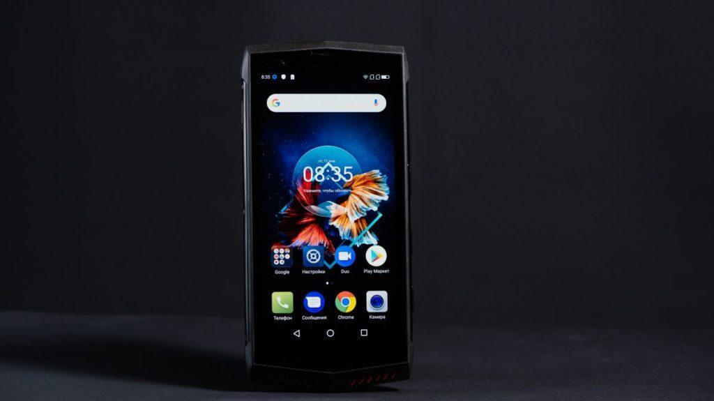 Описание смартфона Poptel P60