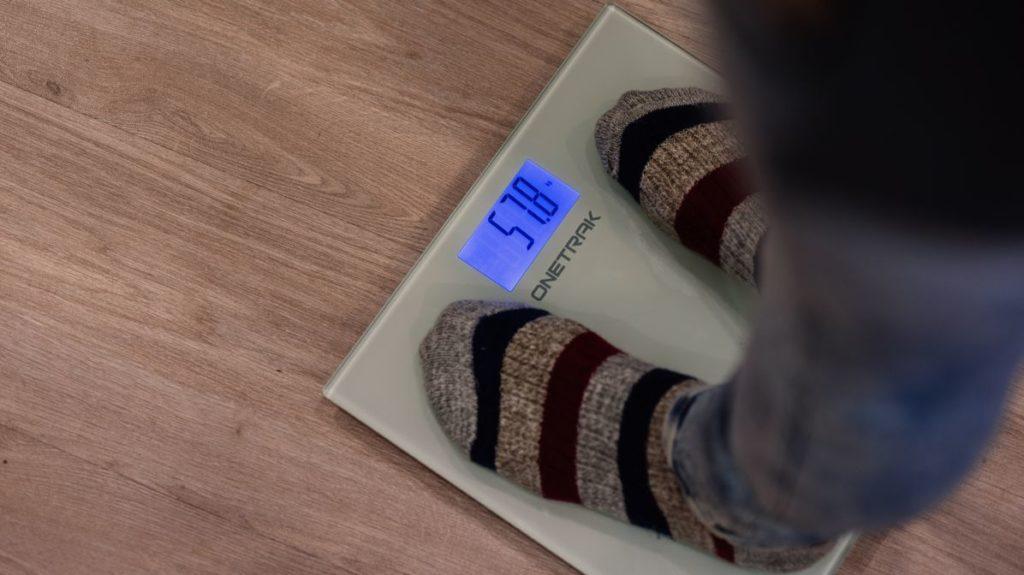 Описание умных весов ONETRAK CB-502BT