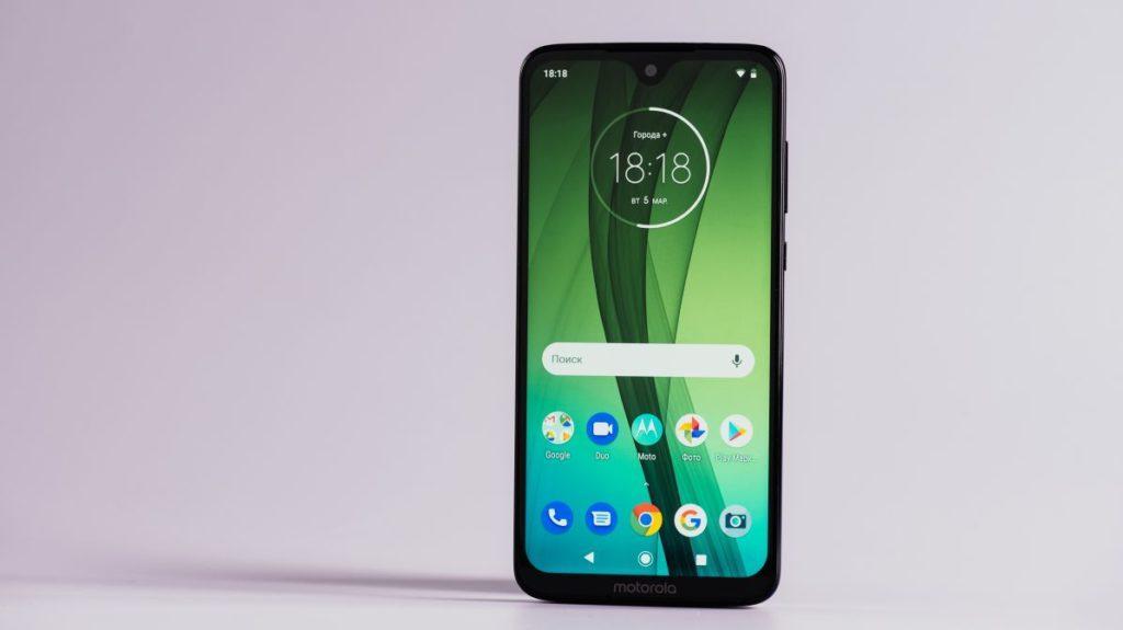 Описание смартфона Motorola Moto G7