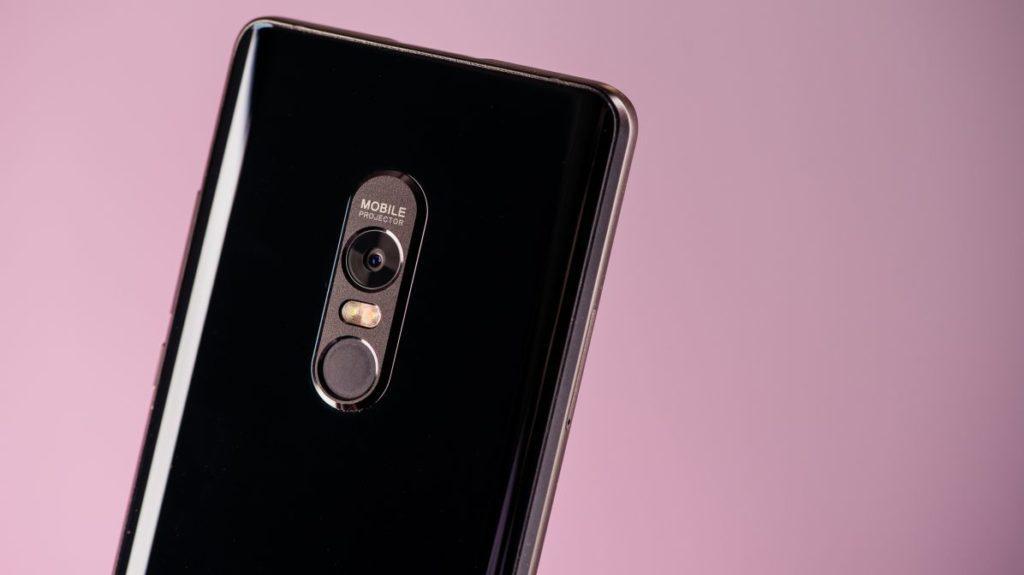 Описание смартфона Blackview MAX 1