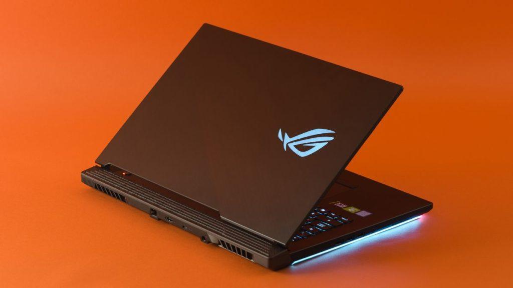 Описание ноутбука ASUS ROG Strix Scar III