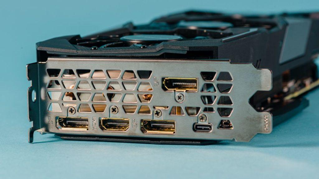 Описание видеокарты Gigabyte RTX 2080 Super