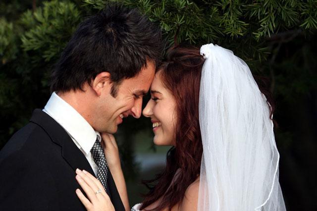 В каком возрасте жениться или выходить замуж? Ученые вычислили идеальный возраст для вступления в брак