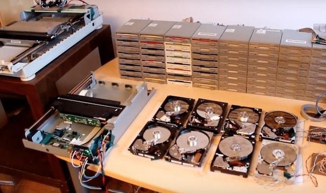 Оркестр из старых компьютерных комплектующих играет популярные музыкальные хиты (видео)
