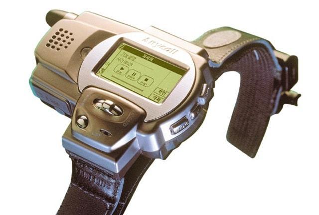 Samsung SPH-WP10 – первые часы-телефон, анонсированные еще в 1999 году