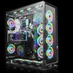 57249 Thermaltake представила корпус размера Full Tower Core P8 TG