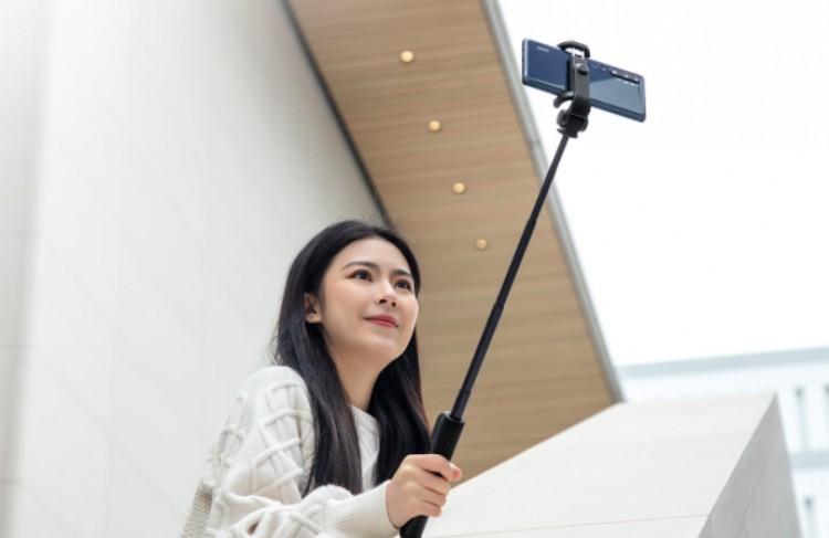 63254 Xiaomi представила Mi Zoom Selfie Stick